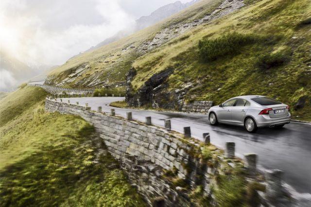 alb_53_59_2014-Volvo-S60-V60-XC60-15%5B2%5D.jpg